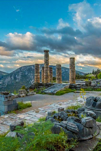 Ancient Delphi Full Day Private Tour (dur. appr. 9-10 hrs)